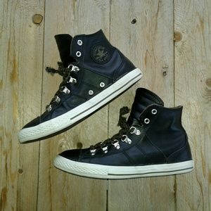 Converse black Leather hi-top sneakers sz 6